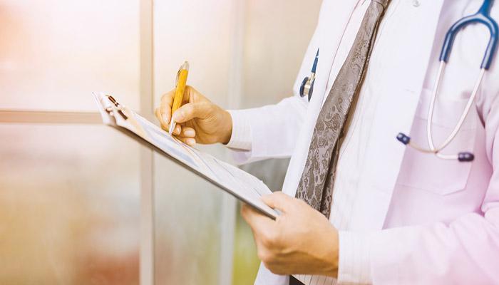 Questions pour le chirurgien esthétique pour mammoplastie