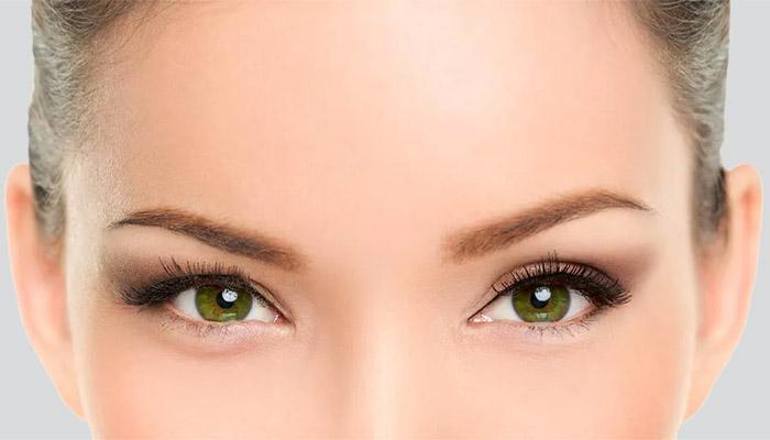 Redrapage des sourcils